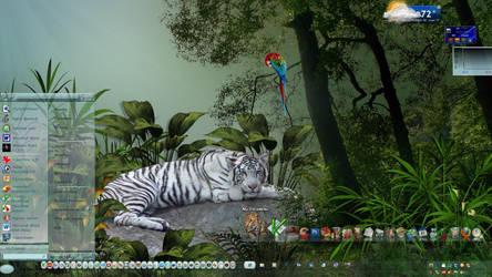 Tiger Desktop by Frankief