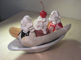 Fake Banana Split by alanbecker
