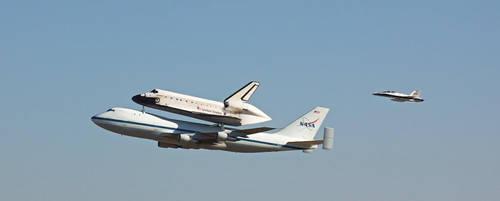Shuttle Endeavor's Final Flight 2 by orcamistress101