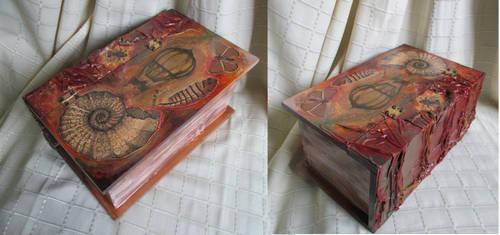 Umbra Dream big box-book by RedzicArt