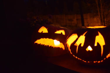 Irate and Mischievous Jack-o'-Lanters I by zzSnowWhiteQueenzz