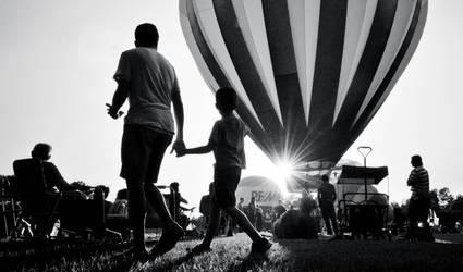 Balloon Fest by xthumbtakx