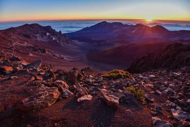 Haleakala Sunrise by xthumbtakx