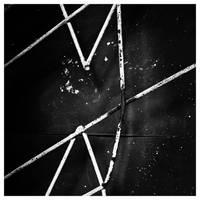 vzzv_X by leoatelier