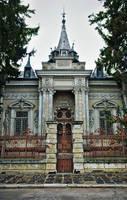 An evil house by leoatelier