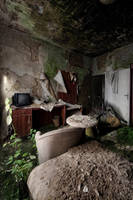room 47 by Karakuji