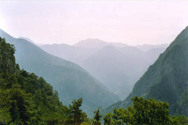 Mountains fade like memories by Jamabe