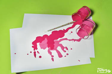 Pinkie Splash by StudioTamago