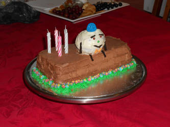 Humpty Dumpty birthday cake by Thylacina