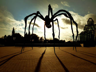 Maman the Glorious by iWantcoal