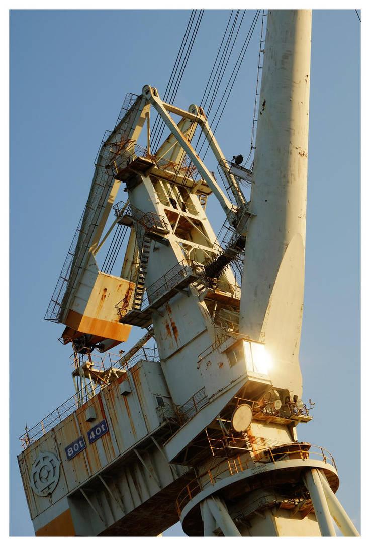 Heavy Tower by miharashi