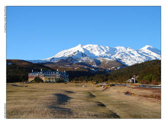 Chateau and Ruapehu by deliriousfan