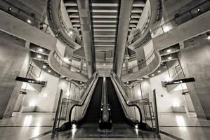 Escalator by jpgmn