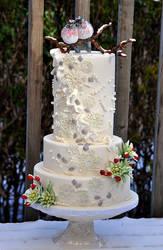 Winter wedding cake by HajnalkaMayor