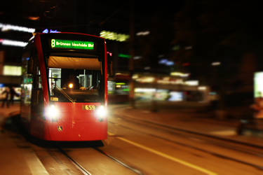 Tram to Bruennen by Kalabint