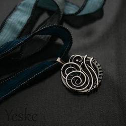 Kya II | Katara's betrothal necklace by YeskeCrafts