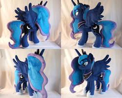 MLP Princess Luna plush by Egalgay
