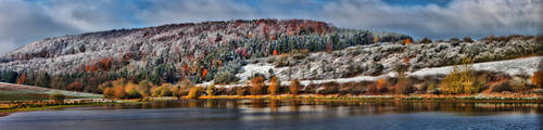 Snowy Autumn Morning (Pano) by Khaosprinz