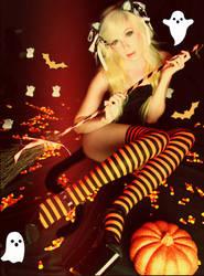 Halloween Neko by the-little-skylark
