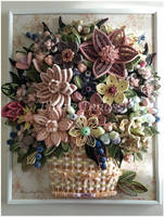 Woven Paper Basket with Quilled Flowers by ElianeTanassi