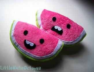 Cute Watermelons by shiroiyukiko