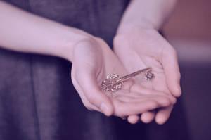Key II by Yvonnne92