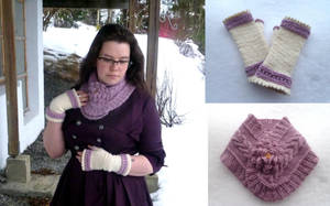 Jane Austen inspired cowl and mittens by KnitLizzy