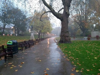 Victoria Embankment Gardens in the rain by rkibria