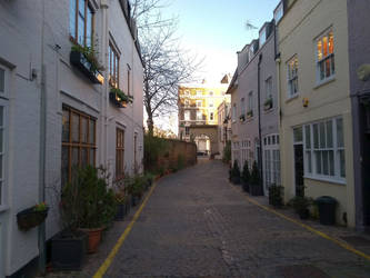 London Mews houses #3 by rkibria