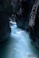 Dark Gorge by quintz