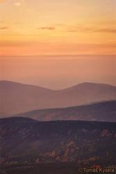 layer sunset by kihsleek