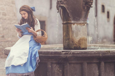 Paesant Belle from Beauty and the Beast by Fiore-di-Luna