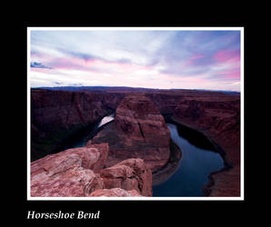 Horseshoe Bend by liquidreflex