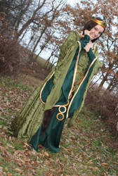 Queen Elinor by crystaltearsoflove