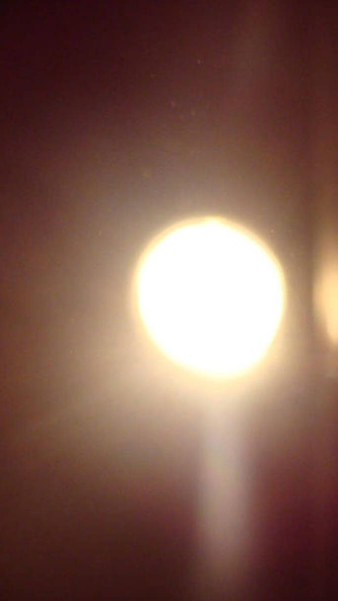 light? by lindasowa