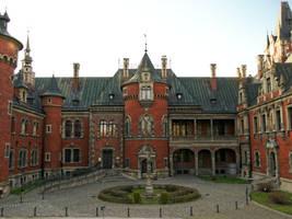 Palace courtyard in Plawniowice (Poland) by Wodzionka81