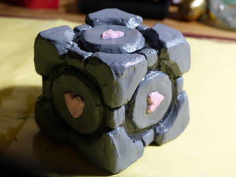 Companion Cube by Sol-0710