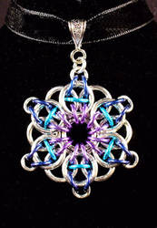 Celtic Star Pendant by Ginkage