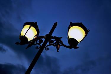 SKY AND LIGHT by Hamrani