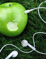 Apple iPod Advertisement by SaraChristensen
