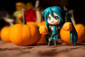 Miku Thanksgiving by TimmCosplay