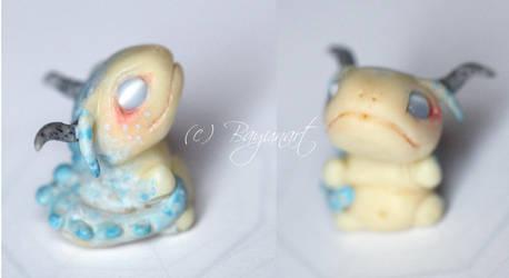 Dragon Figurine 5 by Bayuna