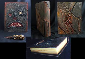 Necronomicon, Book of the Dead replica box by RFabiano