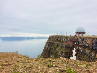 Mountain sphere by LunaRedwing