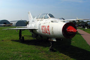 Mikoyan-Gurevich MiG-21UM by QmP3L