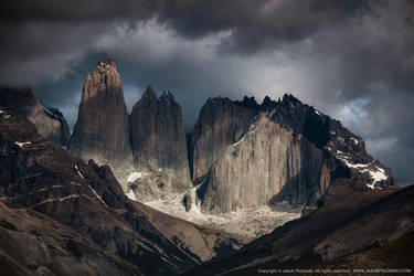 Torres del Paine by polomski