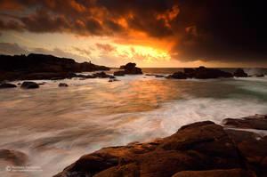 Sunset at Ploumanac'h by matthieu-parmentier