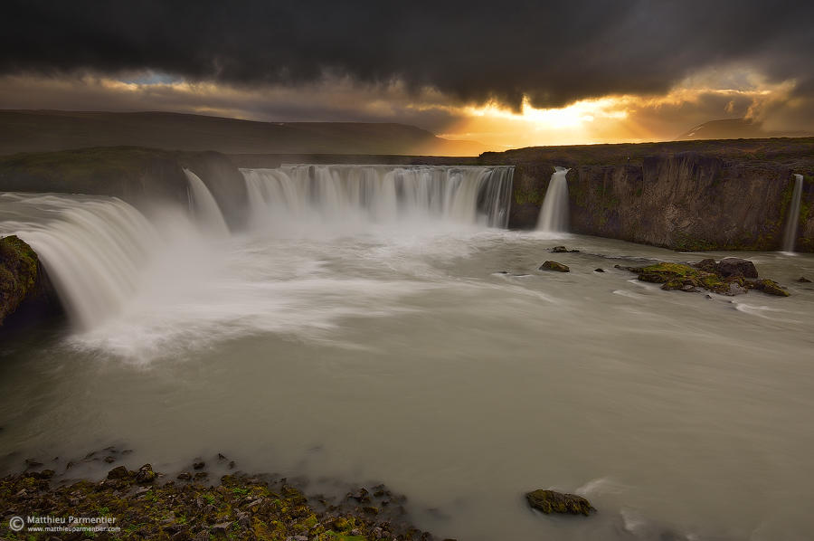 Fall of the gods by matthieu-parmentier