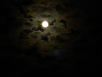 La Lune by Vampky