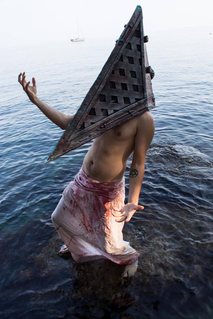 Pyramid Head V1... by Dark-Indigo-Stock